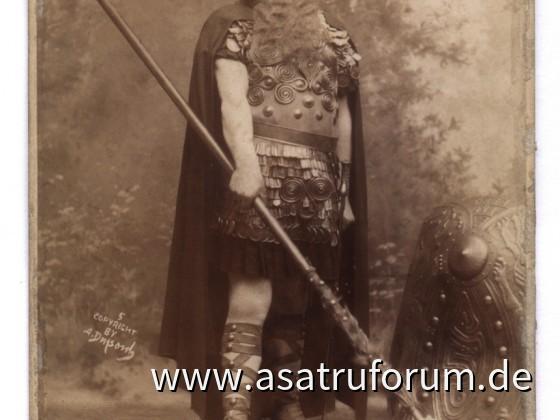 Anton VanRooy als Wotan